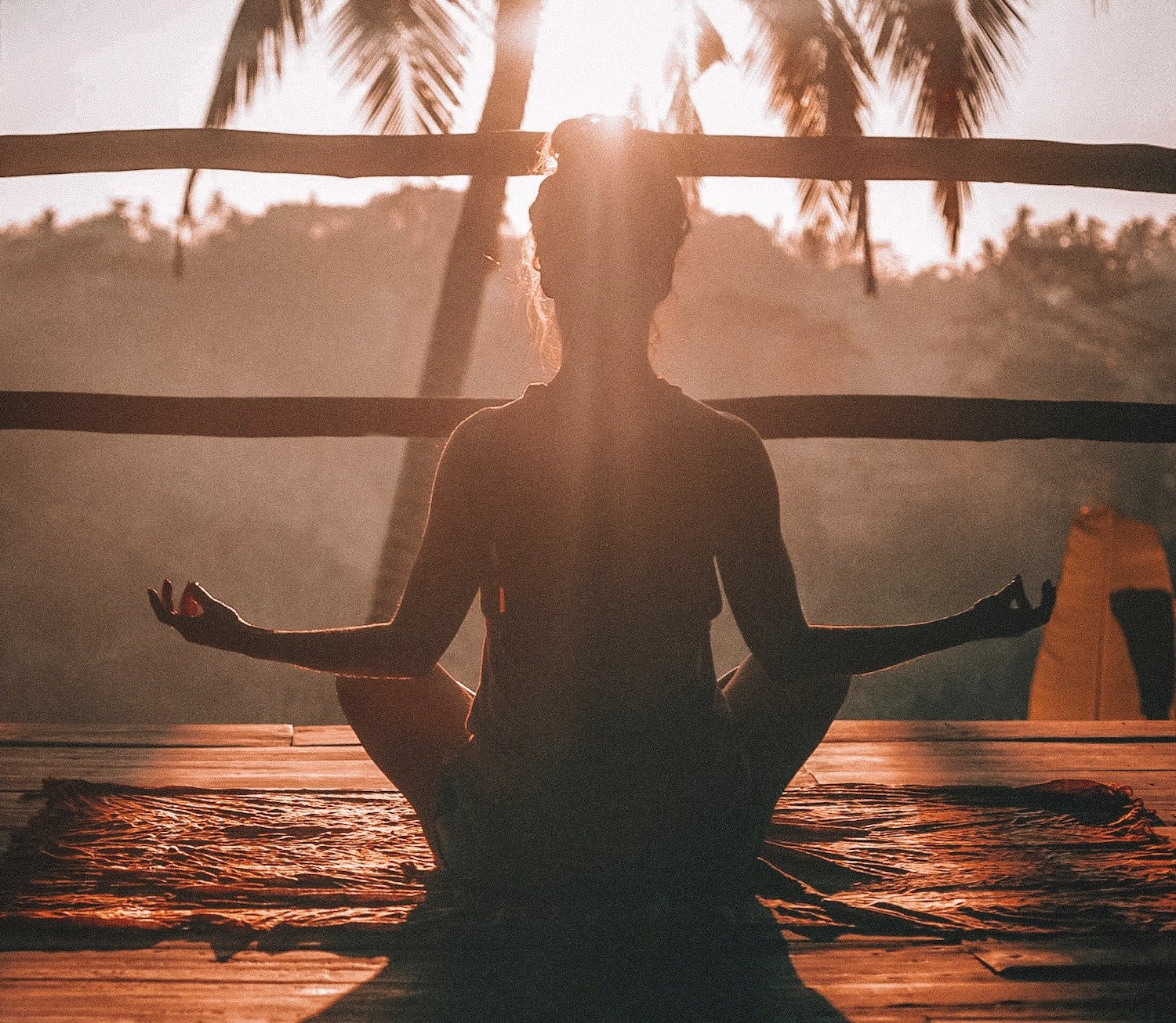 why does yoga help with anxiety and depression