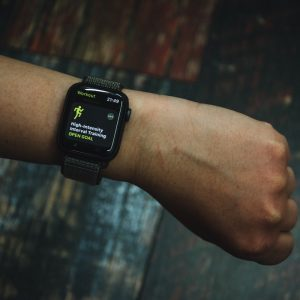 Here's The Top 5 Best Fitness Watches For Women In 2020