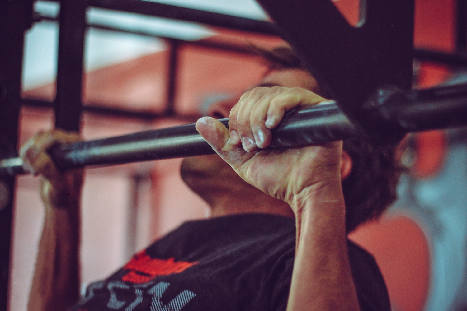best pull up bars for homes and apartments