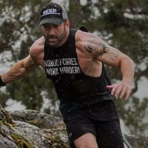 Cameron Hanes – A Bowhunter's Workout Routine & Diet Plan