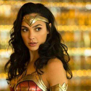 """Gal Gadot """"Wonder Woman"""" Workout Routine & Diet Plan"""